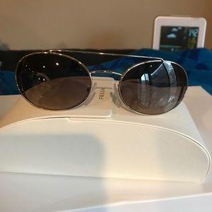 Prada sunglasses !!!Firm